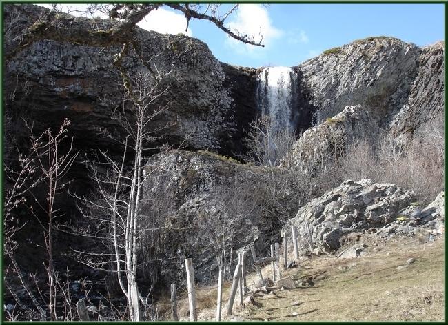 Cascade près de Nasbinals (Lozère)