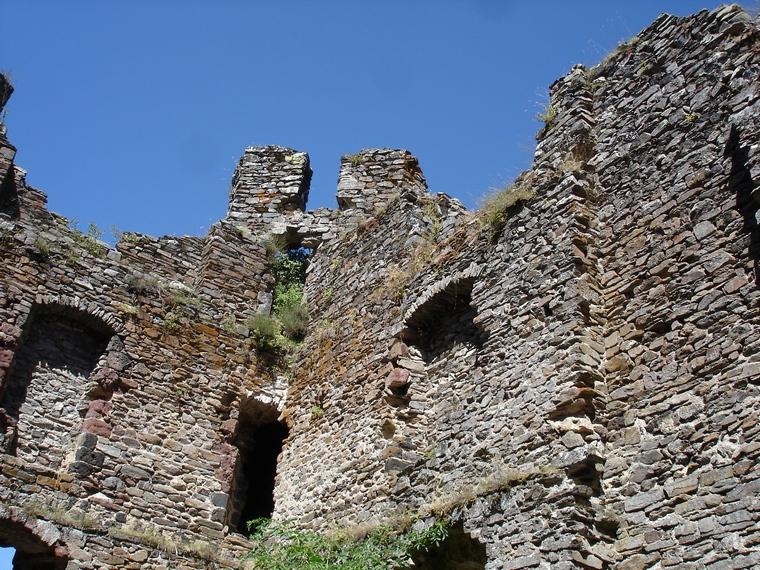 L'intérieur du château d'Alleuze