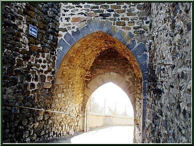 Porte des Roches