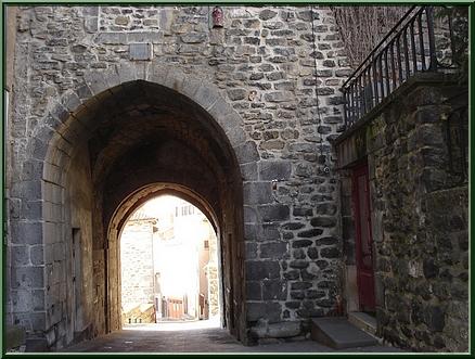 Porte du Thuile
