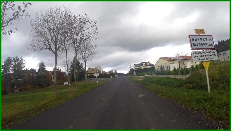 Arrivée à Ruynes en Margeride